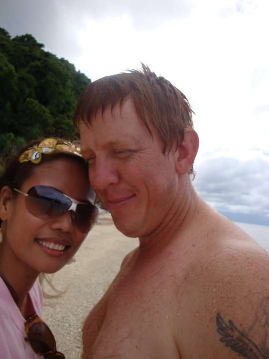 Hi there!<br><br>I am BRAD RICHARDS, 39 years old from Elimbah, Australia. I've been looking for someone to be with me for the rest of my life and I found her on this site... She is Lea from the Philippines....