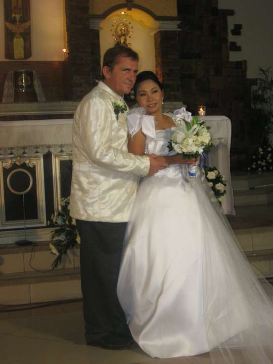 I wish to thank the FilipinoKisses Team!<br><br>I found my love on this very good Dating Platform.<br><br>We love each other and last August i lead her to the Altar, she is now my Wife.<br><br>Again, I...