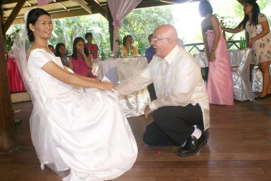 Hi Filipinokisses!<br>                           <br>Hope you get these few pictures of our wedding in Davao Philippines ,we are two former members that met on your web site 18 months ago , Trevor L. Hall...